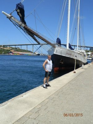 """""""Darling,this not my yacht,today in the Scandinavian walking program ..."""""""